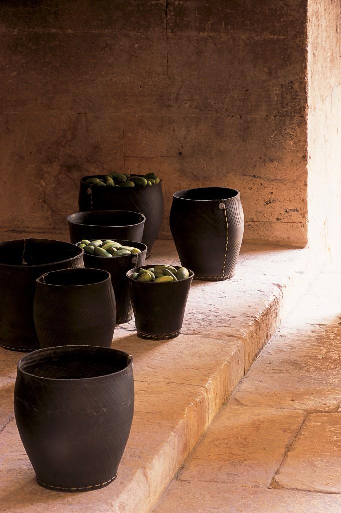 Impressie van de Tadé Recycle Tyre producten van Savon de Provence BV